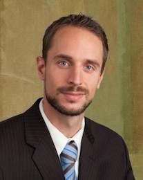 Dr.-Daniel-Binus-239x300